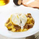 Fettuccine al Kamut® con crema al tartufo e burrata di bufala